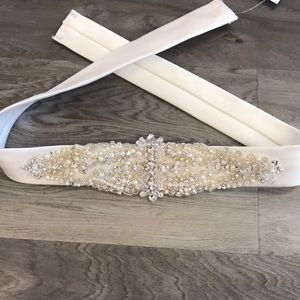 Accessories - Bridal Belt/Sash in Ivory